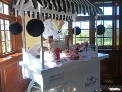 candy-cart-black-and-white